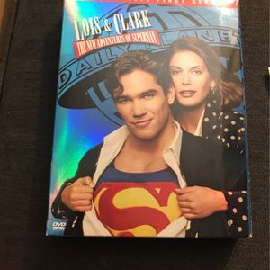 Lois And Clark The New Adventures Of Superman 1st Season for Sale in Anaheim, CA
