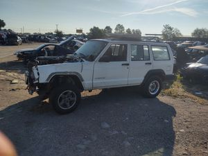 1997 Jeep Cherokee, PARTS ONLY!!! for Sale in Grand Prairie, TX