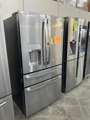 NEW GE 28 cu ft 4 door refrigerator in stainless steel for Sale in Chino, CA