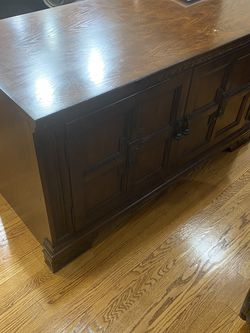 Broyhill Entertainment Base - Cabinet (53in 26in 30in ) for Sale in West Covina,  CA