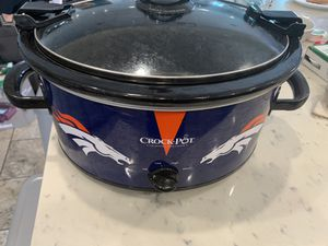 Denver Broncos crock pot for Sale in Long Beach, CA