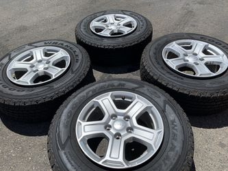2019 Jeep Wheels and Tires. LIKE NEW!! for Sale in Fresno,  CA