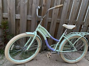 Nice huffy for Sale in St. Louis, MO