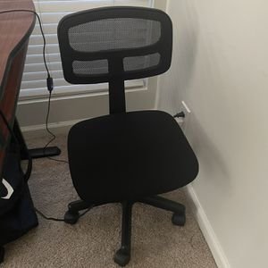 Black task chair for Sale in Durham, NC
