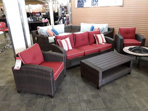 Red and brown outdoor set for Sale in Phoenix, AZ