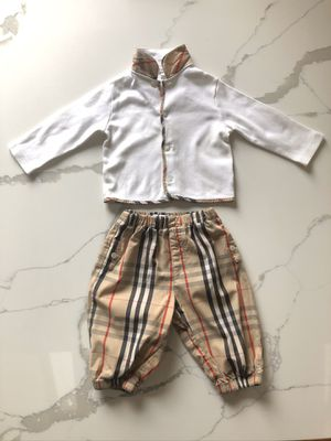 Burberry Sweater and Bloomer Outfit 12 Months for Sale in Schaumburg, IL