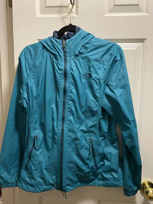 Woman's northface jacket for Sale in Vancouver, WA