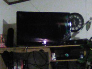46 inch white Sony Smart Google TV with remote for Sale in Huntsville, MO