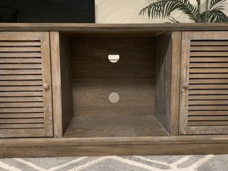 Farmhouse Style Solid Wood Tv Stand. for Sale in Seattle,  WA