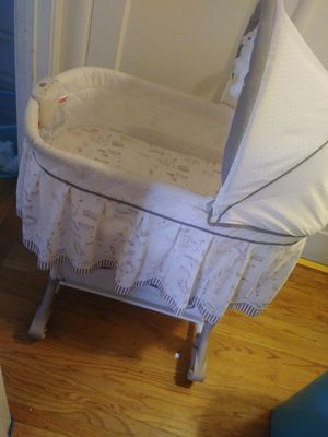 Bassinet for Sale in San Leandro, CA