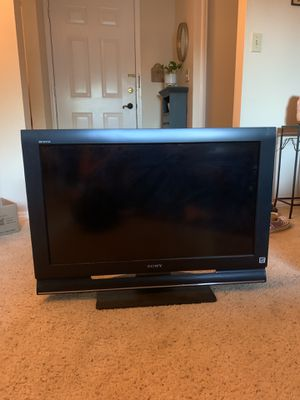 32 inch Sony Bravia flat screen tv for Sale in Tigard, OR