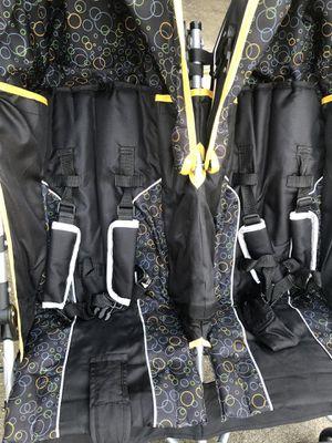 Double stroller for Sale in Lilburn, GA