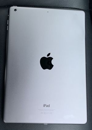 """iPad Air 16GB (9.7inch) (Wi-Fi ONLY Internet access) Usable with Wi-Fi """"as like nEW"""" for Sale in Springfield, VA"""
