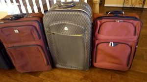 """32"""" , 29"""" , 28"""" expandable suitcases. 2 wheels. All works for Sale in Lucas, TX"""