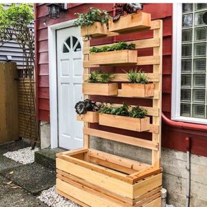 Verticals Planter with Flower Bed for Sale in Miami, FL