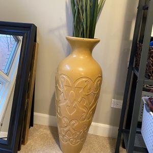 """32"""" Ceramic Vase for Sale in Chicago, IL"""