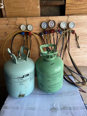 Freon and hoses gauge for Sale in Anaheim, CA