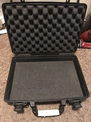 Pelican laptop case for Sale in Phoenix, AZ