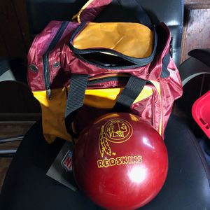 Washington Redskins bowling bag and ball for Sale in Alexandria, VA