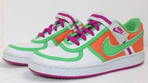 Nike Air Le Terme Swoosh Size 7.5 Shoes for Sale in Richland, WA