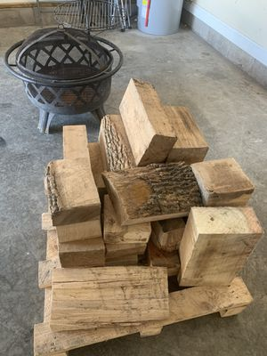Fire wood clean and dry. $15,$10, and $5 bundles for Sale in Clarksville, TN