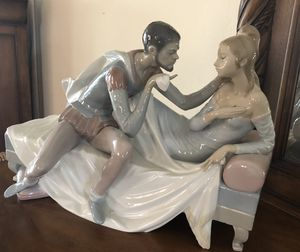 Lladro Othello and Desdemona Porcelain Figurine. for Sale in Fort Myers, FL