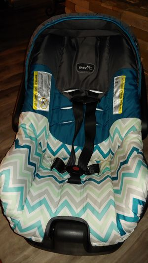 Infant Car Seat for Sale in Raeford, NC