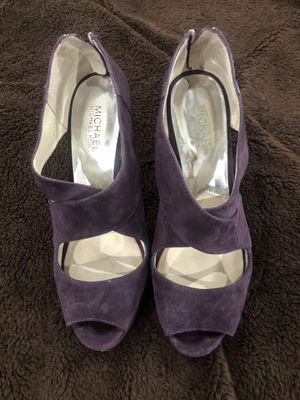 Michael Kors size 9 Only PURPLE used a few times. Very comfortable. Suede all over. Designer for Sale in Torrance, CA
