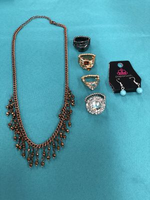Bag of Paparazzi Jewelry - Rings, Necklace, Earring for Sale in Wichita, KS
