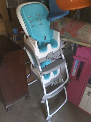 Baby Trend 3-in-1 High Chair for Sale in San Diego, CA