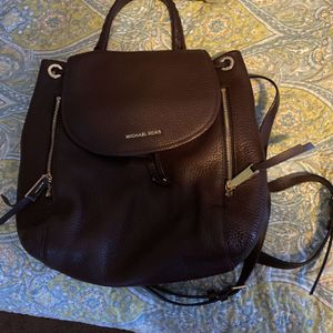 Michael Kors Pebble Leather Backpack for Sale in Enfield, CT