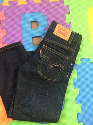 Kids 514 Levi's jeans size 5 for Sale in Santee, CA