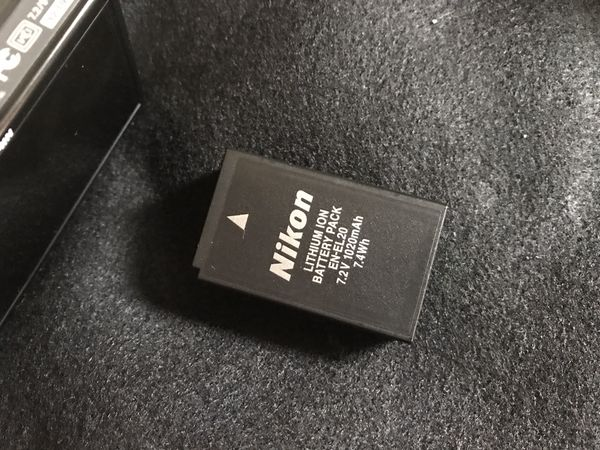 Nikon 1 J1 mirrorless Digital camera with two lens