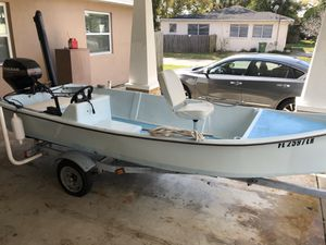 13 ft fishing boat & trailer 25hp, fish finder & power pole for Sale in Tampa, FL
