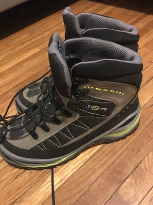 Hiking boot size 10.5 for Sale in Columbus, OH