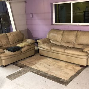 Gorgeous Light Brown Leather Couch & Love Seat (Sofa $150, Love Seat $50, Set $175) for Sale in Decatur, GA