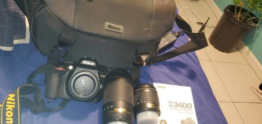Nikon D3400 DSLR W/DX LENSE for Sale in San Antonio,  TX
