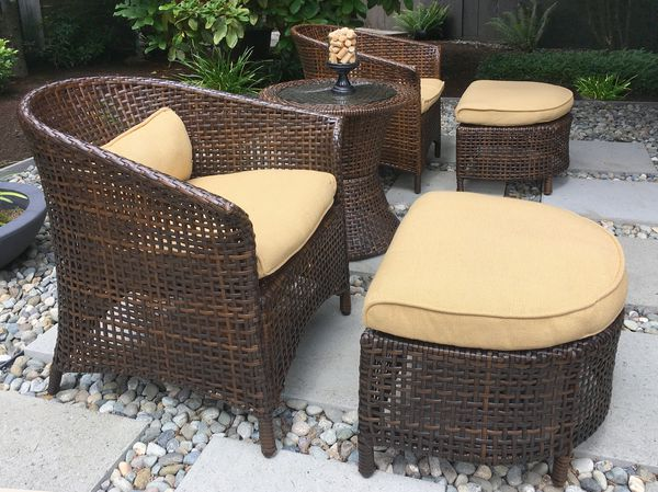 Outdoor Furniture Set - Wicker new - 5-piece - great for small spaces, Sunbrella