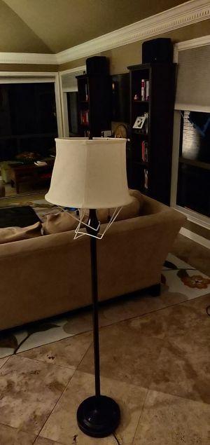 White floor lamp for Sale in Houston, TX