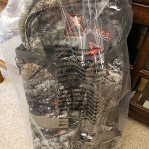 Alps Outddorz Traverse X Extreme Mountain Country Camo Hunting Backpack for Sale in Chandler, AZ