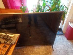 LG 70 in tv for Sale in University Park, IA