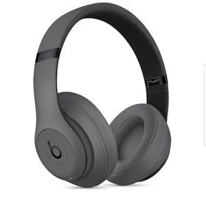 Beats Studio3 Wireless Over-Ear Headphones - Gray for Sale in Fort Lauderdale, FL