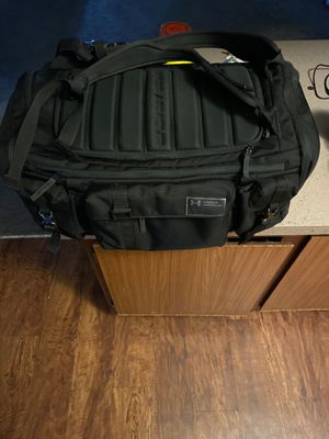 Under Armour Gym/ duffle bag for Sale in Largo, FL