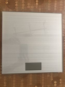 Glass bathroom scale for Sale in Pittsburg,  CA
