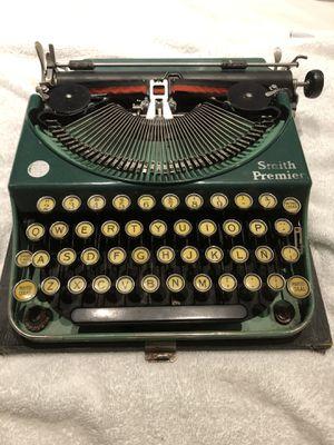 Vintage Smith Premier Typewriter for Sale in Claremont, CA