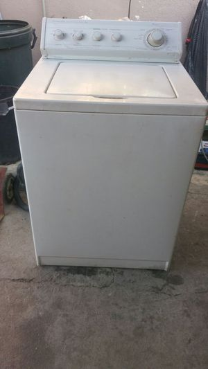 Whirlpool washer what's good $100 but if you have an old machine it's $80 for Sale in Los Angeles, CA