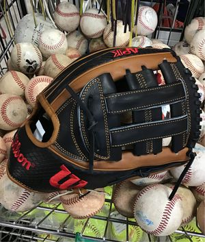"New Wilson A2K 1795SS 12"" Infield Baseball Glove for Sale in Phoenix, AZ"