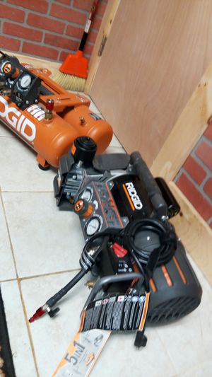 5 IN 1 RIDGID AIR COMPRESSOR NEW CONDITION. for Sale in Wakefield, MA