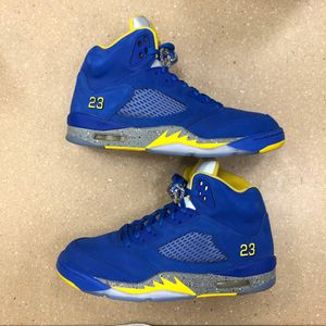 AIR JORDAN 5 LANEY for Sale in Oxon Hill, MD