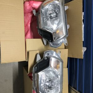 2012-2015 Toyotq tacoma Headlights Housing for Sale in Henderson, NV